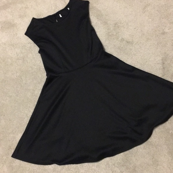 5d7ac5789a56 abercrombie kids Other - Abercrombie Kids • Girls 9 10 • black skater dress